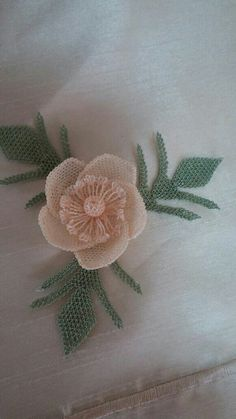 Butterfly Quilt Pattern, Needle Lace, Burlap Wreath, Quilt Patterns, Knots, Diy And Crafts, Wreaths, Quilts, How To Make