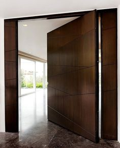 Modern Entrance Door, Main Entrance Door Design, Modern Exterior Doors, Wooden Main Door Design, Entrance Doors, Garage Doors, Contemporary Front Doors, Door Design Interior, Pivot Doors
