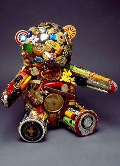 Leo Sewell Creates Amazing Art Out of Philadelphia Trash (GALLERY)