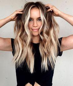 Brown Hair Balayage, Caramel Balayage, Hair Highlights, Blonde Balayage, Natural Blonde Hair With Highlights, Beautiful Hair Color, Cool Hair Color, Hair Color Ideas, New Hair Colors