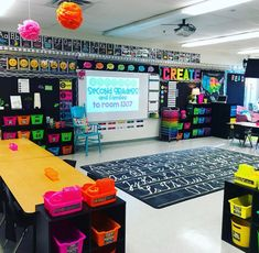 46 briliant classroom design ideas for back to school 22 ~ Litledress Kindergarten Classroom Setup, First Grade Classroom, New Classroom, Classroom Design, Classroom Rugs, Elementary Teacher, Classroom Storage Ideas, Classroom Color Scheme, Elementary Classroom Themes