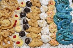 Henna, Cookies, Desserts, Food, Crack Crackers, Tailgate Desserts, Biscuits, Meal, Cookie Recipes