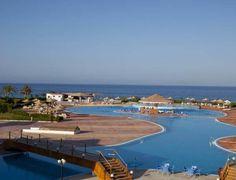 Чудесный отель Fantazia Resort ждет Вас  #отель   Fantazia Resort расположен в 24 км от города Марса-Алам. #египет   К услугам гостей отеля Fantazia Resort частный пляж, 3 бассейна, 6 ресторанов и баров, школа дайвинга.  В отеле: 254 номера. Во всех номерах: телевизор с плоским экраном, мини-бар, ванная/душ, тапочки, халат,сейф, кондиционер, фен, балкон. #hoteles   В ресторане подают завтрак и обед в виде «шведского стола». В лобби-баре и в баре на пляже можно утолить жажду...