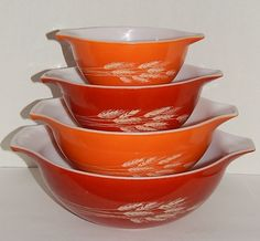 Vintage PYREX Set 4 AUTUMN HARVEST Cinderella Mixing Bowls - VGUC