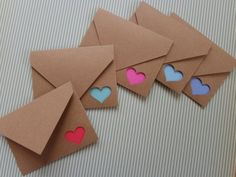 5 Bright Colored Note Cards with Kraft Paper Heart Cut-Out Envelopes and Envelope Seals, Gift Enclos Roses Valentine, Funny Valentine, Valentine Crafts, Valentine Decorations, Diy Crafts Hacks, Diy Crafts For Gifts, Diy Holiday Cards, Diy Cards, Paper Crafts Origami