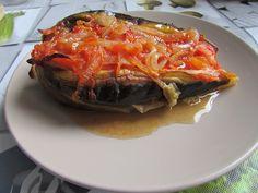 Greckie smaki: Bakłażany w sosie pomidorowym