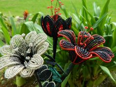 Black and Red French Beaded Flower by BeadedFleur on Etsy