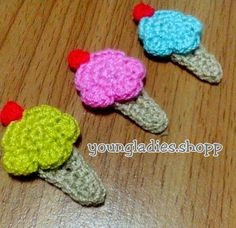 Mini Ice Cream Crochet I'm working on it for anyone who likes ice cream. Crochet Bows Free Pattern, Appliques, Crochet Projects, Crochet Necklace, Projects To Try, Ice Cream, Craft Ideas, Mini, Crafts
