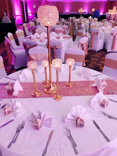 Blush sparkle and champagne gold table!