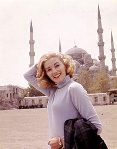 Bond actress Daniela Bianchi, who played Tatiana Romanova in From Russia With Love (1963)