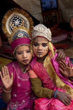 Two girls dressed and made up as goddesses Allahabad, India Abbas