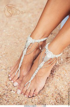Macrame barefoot sandal for weddings by Svitoe