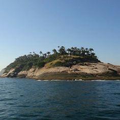 Ilha no MoNa Cagarras... #baiadeguanabara #labhidroufrj #ufrj #riodejaneiro #errejota #agua #analisedeagua #eusoubg #monacagarras #mona #cagarras #pesca