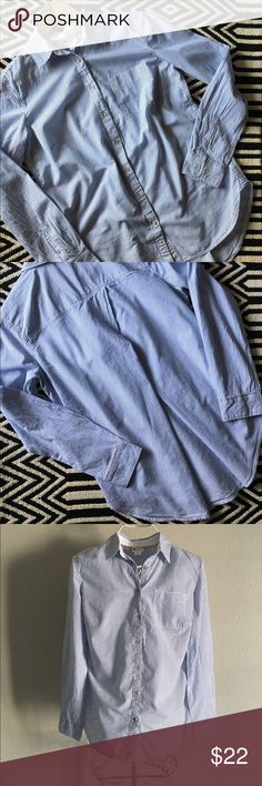 Stylus white and blue striped tunic Like new condition. Stylus white and blue striped tunic. Size M. 100% cotton. Stylus Tops Tunics