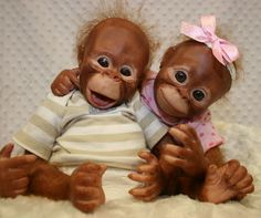 Make your own Bindi & Binki Twin Orangutans, by Denise Pratt (Painted & Rooted) buy the kit and get creative, click the photo to learn more