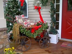 Festive Christmas Cart from HGTV Rate My Space