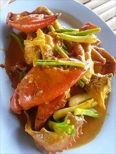 Poo pad pong karee  (ปูผัดผงกะหรี่)