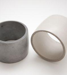 Concrete Jewelry by Bergner Schmidt - Design Milk Minimal Jewelry, Modern Jewelry, Jewelry Art, Jewelry Accessories, Fashion Accessories, Jewelry Design, Jewellery Rings, Geometric Jewelry, Concrete Ring