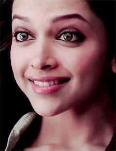 Bollywood Theme, Bollywood Actress, She Was Beautiful, Most Beautiful Women, Deeps, Dipika Padukone, Deepika Padukone Style, Om Shanti Om, Beauty Queens