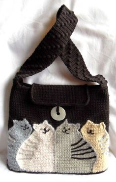 cat bag - free crochet pattern - use google translate (and the diagrams)