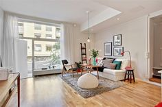 Small Sweedish apartment maximizes space with cute design.  Inspiring for my new apartment search!