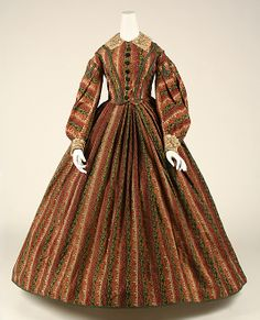 1860–62, American, wool, Length at CF: 52 x 56 in. (132.1 x 142.2 cm) Width at Bottom: 169 1/2 in. (430.5 cm)--go to The Met site to see bodice close-ups