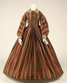 1860-1862 American wool dress. Via The Met.