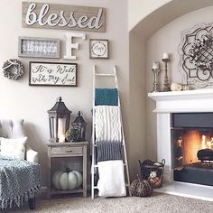@heatherferrante keeps her whole family cozy with all the throws she keeps on our blanket ladder. To find a little home comfort, click the link in our bio. #Kirklands #familyroomdesigncozy