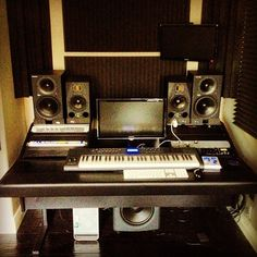 Nice compact Music Studio.  lessonator.com