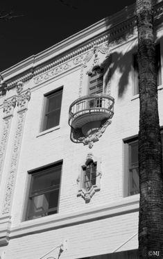 3rd Street Promenade, Santa Monica, California Beautiful Architecture, Architecture Details, Ocean Beach, Santa Monica, Places To See, Scenery, Houses, California, Black And White