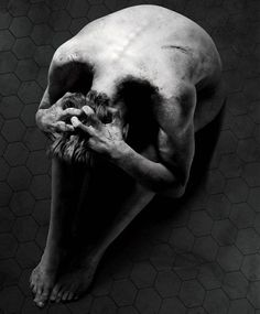 New 'Penny Dreadful' Poster Shows A Spooky Optical Illusion ...