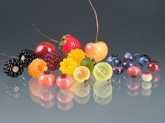 Realistic glass berries by Elizabeth Johnson.