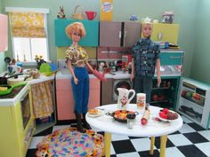 "Vintage Barbie and Ken in vintage ""Reading Deluxe Kitchen Barbie Dream, Barbie Life, Barbie House, Barbie World, Barbie And Ken, Vintage Barbie Kleidung, Vintage Barbie Clothes, Barbie Diorama, Toy Kitchen Set"