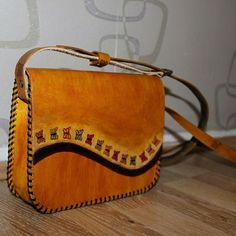 Leather Purses, Leather Crossbody, Leather Handbags, Leather Wallet, Leather Bags Handmade, Leather Craft, Leather Stamps, Handbag Patterns, Leather Tooling