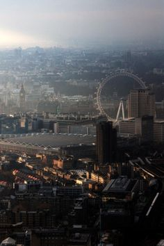 Great view of London The Places Youll Go, Places To Visit, Tumblr, London Calling, Great View, London England, Great Britain, Land Scape, Airplane View