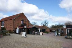 Wroxham Barns specialiseert in lokale producten. Je vindt er echt alles!