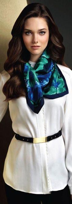 Silk Square Scarf - REDHEAD GREEN DRESS by VIDA VIDA wOE3mTrz