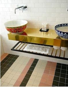 story-hotel-bathroom-sinks