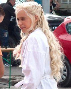 Game of Thrones character, Daenerys Targaryen! Love the show, love this character, love the hairstyle! Must try.
