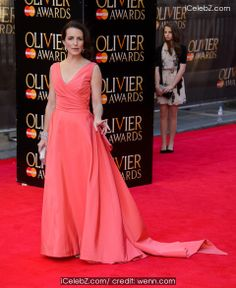 Kristin Davis Olivier Awards 2014 held at the Royal Opera House http://www.icelebz.com/events/olivier_awards_2014_held_at_the_royal_opera_house/photo56.html