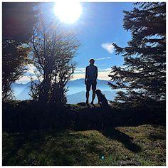 Partners in crime 🐾⛰🏃♀️ . 📸 Danke @_julia__sch_ . #zwölferhorn #wolfgangsee #salzkammergut #panorama #herbst #mountains #wanderlust #mountainview #salzburgerland #naturelovers #mountainscape #nature_brilliance #austria #visitaustria #bergsteigen #police_landscapes #ig_captures_nature #goplayoutside #igersaustria #loves_mountains #weroamaustria #hiking #trailrunning #dogsofinstagram #dogstagram #cockerspaniel #igersaustria #ig_austria #weroamaustria #fredundotto Z Burger, Visit Austria, Wanderlust, Cockerspaniel, Partners In Crime, Mountain View, Trail Running, Iceland, Hiking