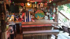 Ed Bauer, who calls Bowley's Quarter in Maryland home, decided to bring the islands to his backyard and did he ever! Building his Bama Breeze backyard beach bar himself, Ed created a backyard escap… Backyard Beach, Backyard Ideas, Beer Club, Bar Stuff, Tiki Bars, Steampunk House, Club Design, Beach Bars, Cabana