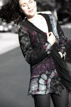 Nuno fieltro chaqueta multicolor Burdeos de gris negro elegante respetuoso del medio ambiente mujer Rebeca única hecha a mano las mujeres de seda OOAK arte vestible para usar