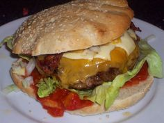 SalsaBurger med chili & bacon, Andet,Andet, Hovedret, Oksekød, opskrift Hamburger, Chili, Salsa, Sandwiches, Low Carb, Cheeseburgers, Ethnic Recipes, Dinners, Amp