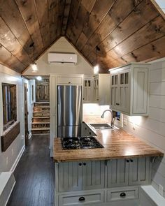 A view of the kitchen in the Denali Timbercraft Tiny Homes Tiny House Design Denali fixerupp Homes Kitchen Timbercraft Tiny View Tyni House, Tiny House Cabin, Tiny House Living, Tiny House Plans, Tiny House Luxury, Living Room, Home Design, Cabin Design, Tiny House Design