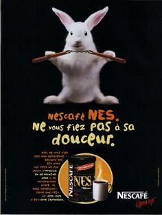 Bonjour! :) Ne vous fiez pas à sa douceur! #Publicité de Nescafé NES. Branding, Nescafe, Bom Dia, Creativity, Bonjour, Gentleness, Brand Management, Identity Branding