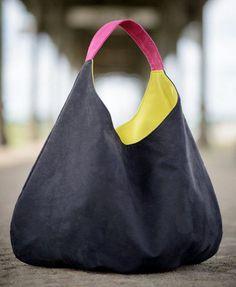 Übergroße Hobo Tasche, große stopfbare schwarze Tasche, Xxl Umhängetasche, komprimierbare Tasche, gelbe große Umhängetasche, Rosa Handle, Eco Wildleder Handtasche