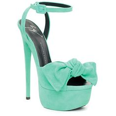seriously!!!! I want this to be my wedding shoes!!!!!!!!!!!!!!!!