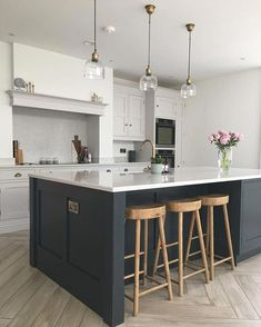 Kitchen Design and kitchen concepts for all of your dream kitchen needs. Contemporary kitchen inspiration at its finest. Open Plan Kitchen Diner, Open Plan Kitchen Living Room, Kitchen Dining Living, Kitchen Redo, Kitchen Layout, Home Decor Kitchen, Kitchen Interior, New Kitchen, Home Kitchens