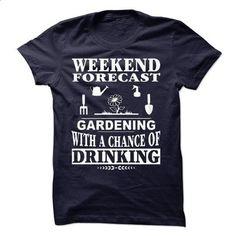 Love Gardening - #kids tee #tee verpackung. I WANT THIS => https://www.sunfrog.com/Hobby/Love-Gardening.html?68278
